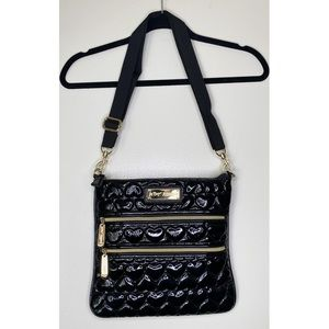 BETSEY JOHNSON BLACK QUILTED SIDE TOTE BAG
